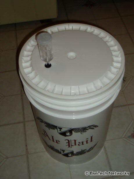 6 Gallon Ale Pail with Airlock